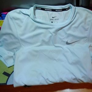 Nike Dry fit / work out shirt
